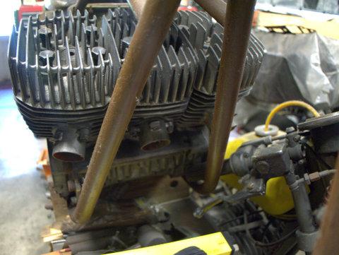 Kawasaki 3-stroke 2-cyl 750cc