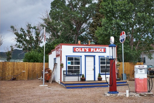 Uncle Olle's gas station